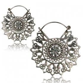 ''Kajya Pali'' white brass earrings