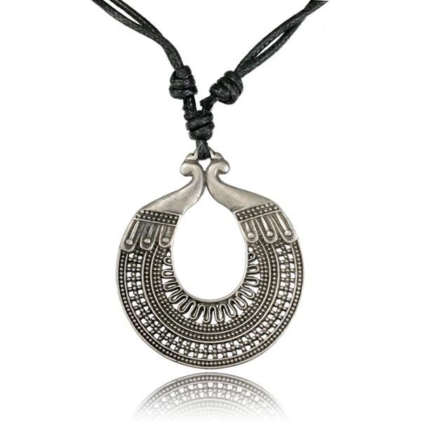 \'\'Balihé Pali\'\' necklace