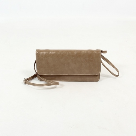 \'\'Elakshi\'\' fake leather purse, Light brown