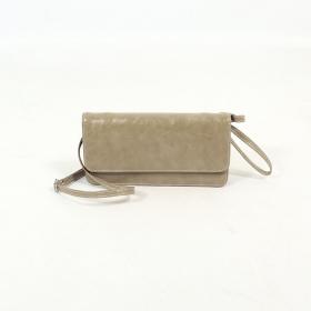 \'\'Elakshi\'\' fake leather purse, Mole