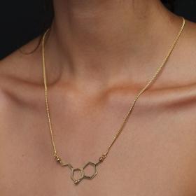 \'\'Happiness\'\' necklace, Serotonin molecule