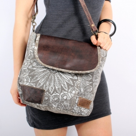 \\\'\\\'Jahanara\\\'\\\' bag, Grey and brown