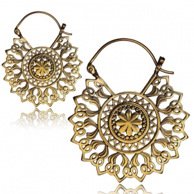 \'\'Kajya\'\' earrings