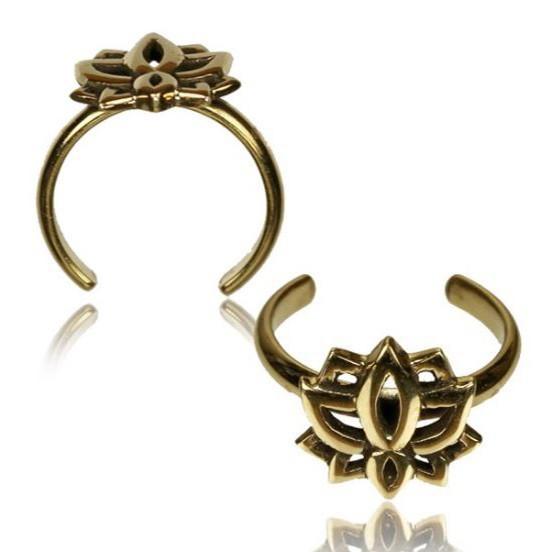 \'\'Lotus\'\' toe ring