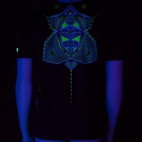 \'\'Multidimensional\'\' UV t-shirt, Black