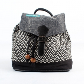\'\'Niraja\'\' backpack black and white