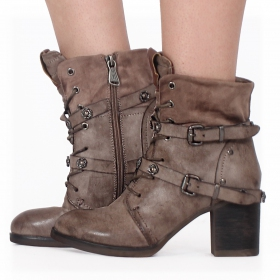 """Olwë"" boots, Taupe"
