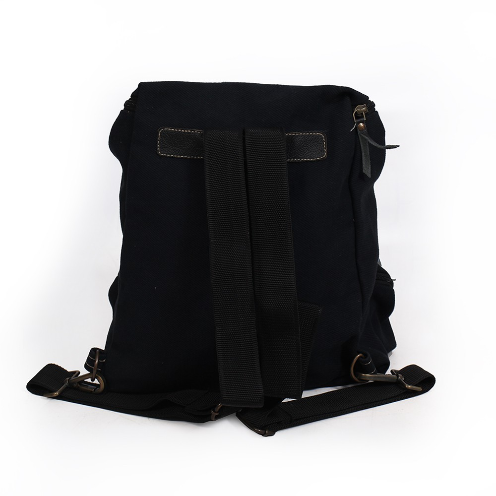 """Akamu"" backpack, Black leather and cotton"