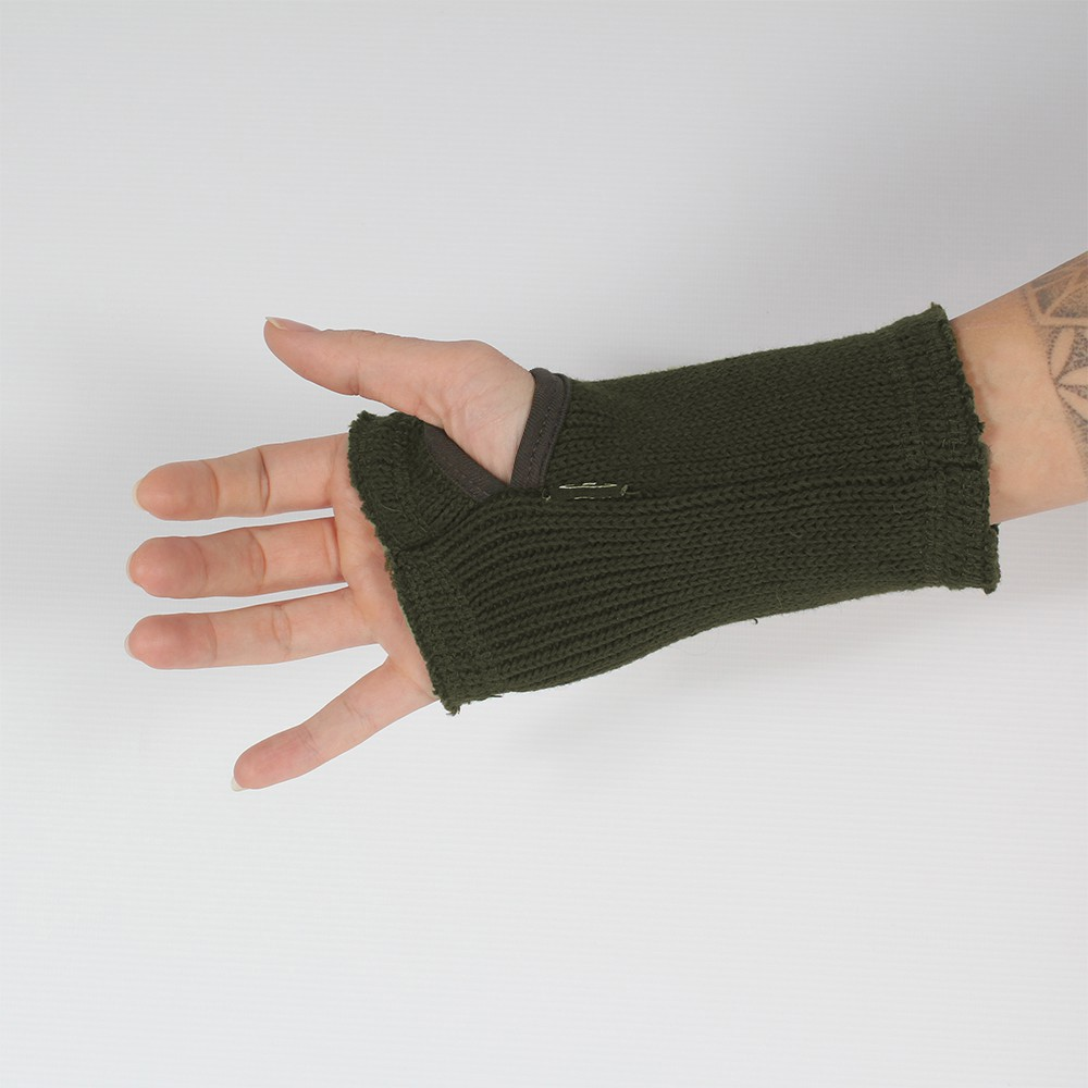 \'\'Ribbed\'\' mittens, Different colors