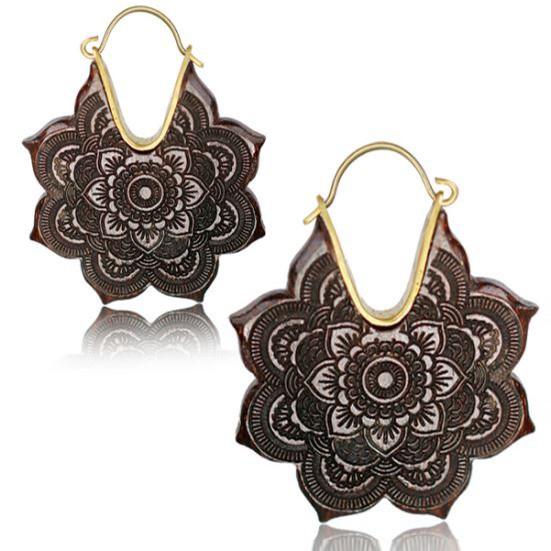 \'\'Wooden Kaylo\'\' earrings