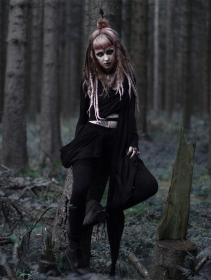 "\""Aeriz\"" semi transparent shawl, Black"