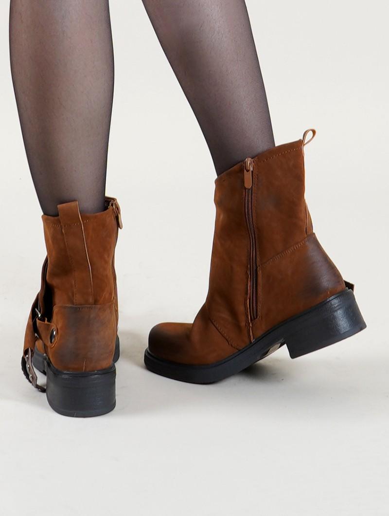 "\""Ahaan\"" boots, Camel"