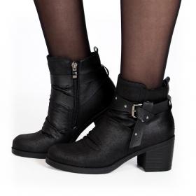 "\""Akhila\"" boots, Black"