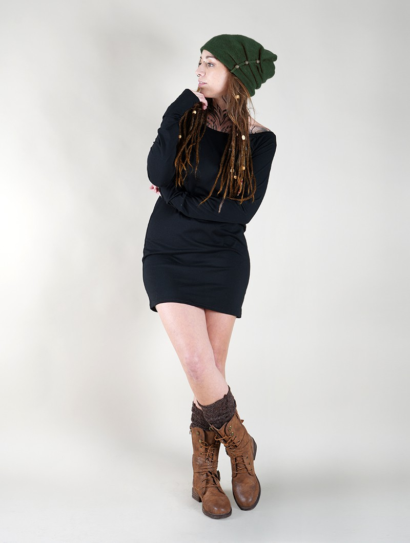 ""\""""Aslany"""" beaded beanie, Forest green""800|1060|?|en|2|86ef4ab52826ae11fbe933fb52803fff|False|UNLIKELY|0.2970338463783264