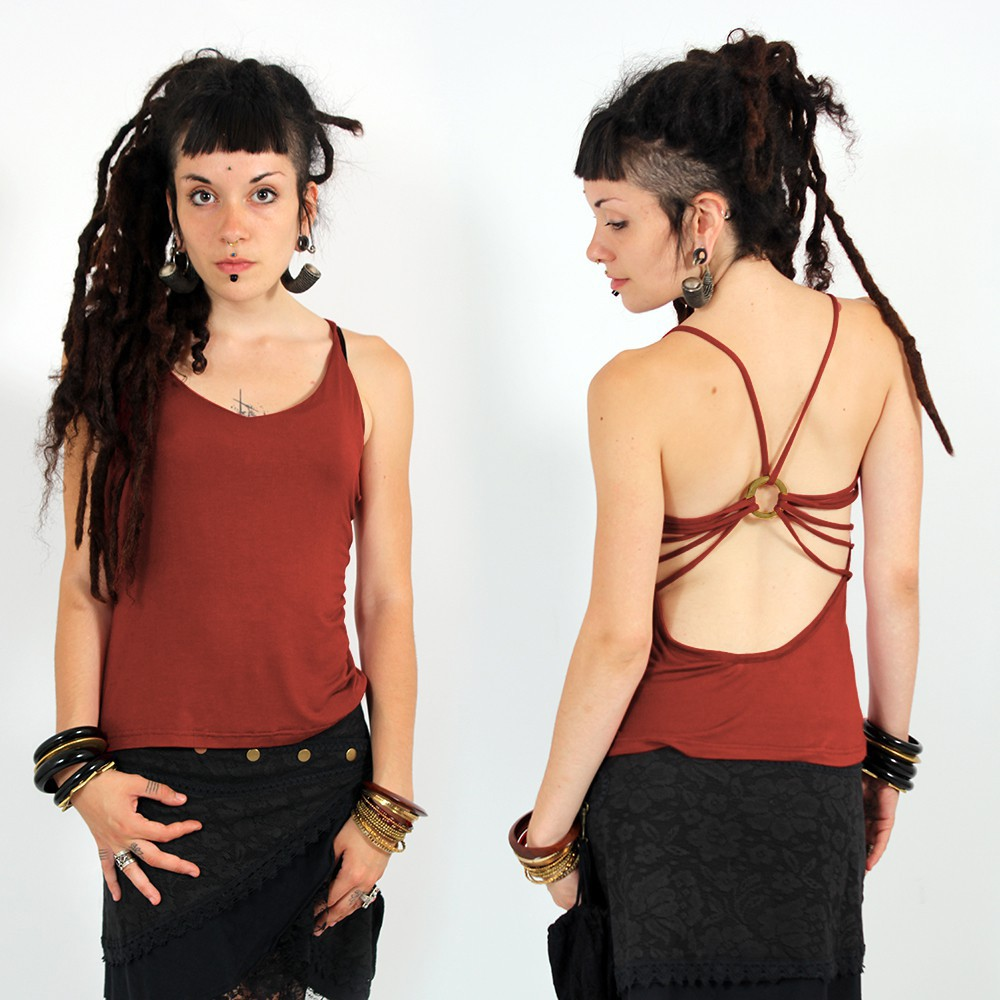 ""\""""Athit"""" top, Maroon""1000|1000|?|en|2|51851de3725204034ac3a7da024e58dd|False|UNSURE|0.2858644425868988