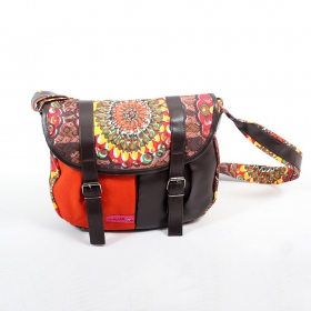 Bag Macha \'\'Kanika\'\', Red and brown