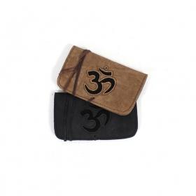 "Black leather \\\""Ohm\\\"" tobacco pouch"