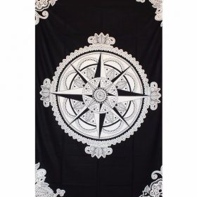 ""\""""Compass Rose"""" hanging, Black and white""280|280|?|en|2|558079595998e3fbbd5afdb40c548e00|False|UNLIKELY|0.3510687053203583