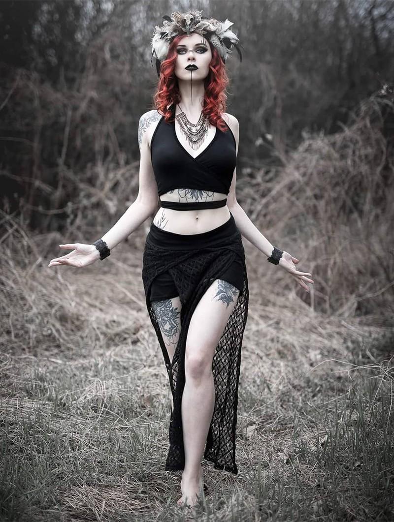 "\""Creature\"" crochet skirt, Black"