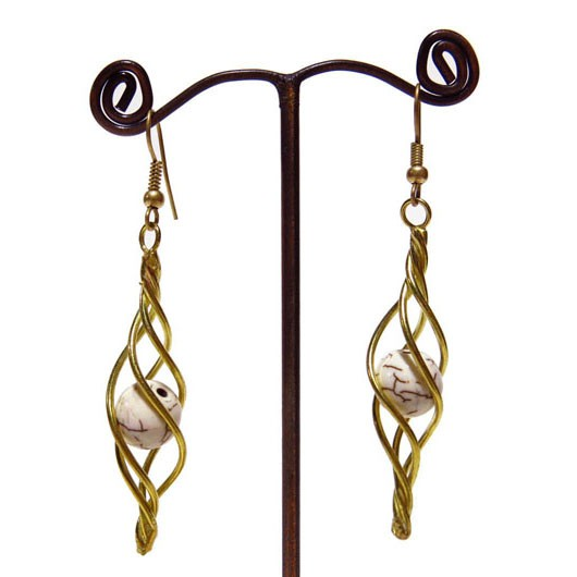 ""\""""Daouïa"""" ethnic golden brass earrings with beads and stones""530|530|?|en|2|f43565341ba649d5a41208b3ce37d6d0|False|UNSURE|0.28444063663482666