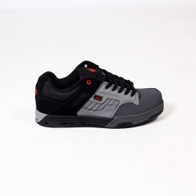DVS Enduro Heir, Light grey, dark grey and black nubuck leather