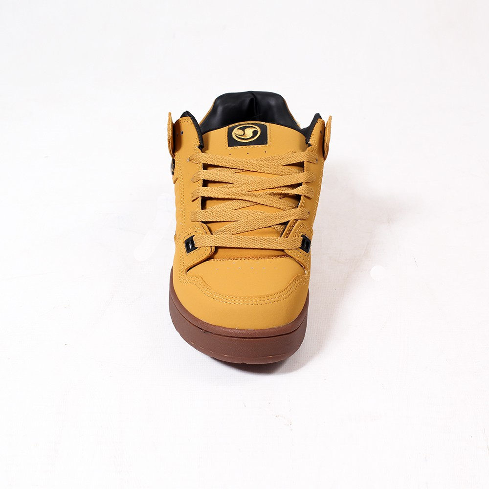DVS Militia Boots, Camel nubuck leather