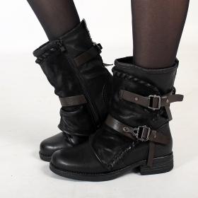 "\""Eirunn\"" boots, Black"