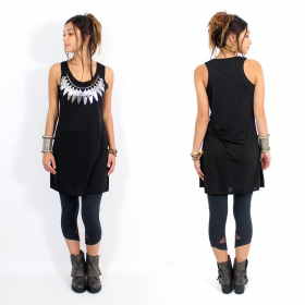 ""\\""""Feather neck\"""" dress, Black and silver""280|280|?|en|2|e14d99c929d1aff722a07e6666247b16|False|UNLIKELY|0.2992434501647949