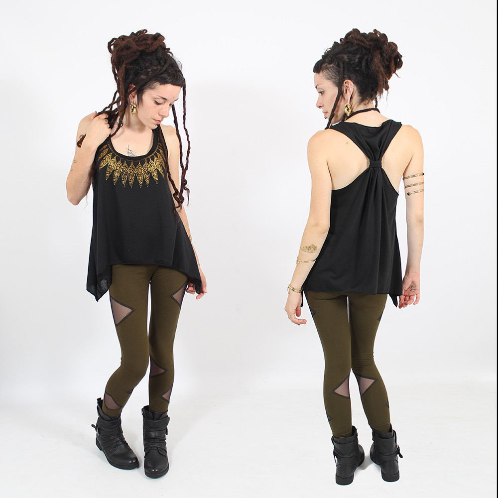 ""\\""""Feather neck\"""" knotted tank top, Black and gold""1000|1000|?|en|2|dc0ed0e498bc30deb85e3a9372c8b845|False|UNLIKELY|0.3277093470096588
