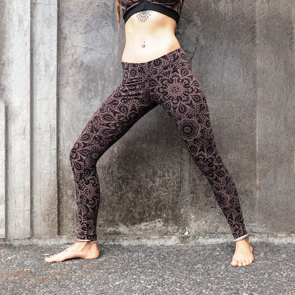 """Hatha Cosmic\"" leggings, Brown"