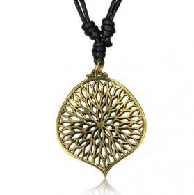 "\\\""Hemachandra\\\"" necklace"