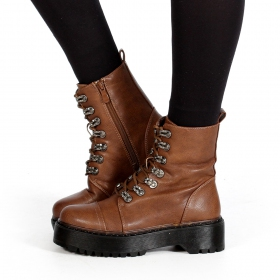 """Inaaya\"" boots, Camel brown"
