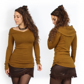 yggdrazil karmïk long sleeved rusty orangish sweater, warm and comfortable with big collar falling elegantly on the shoulders, roots sweater for woman, boho, original cut highlighting your shapes, pleats sewn on the sides, pointed long sleeves