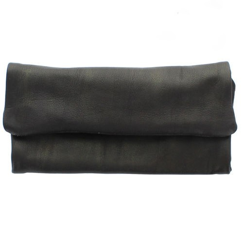 ""\""""Kush Pouch"""" plain leather tobacco pouch with a strap""500|500|?|en|2|7338e115fc654fe01569390d9fef7ddb|False|UNLIKELY|0.2885779142379761