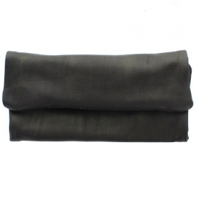 ""\""""Kush Pouch"""" plain leather tobacco pouch with a strap""280|280|?|en|2|143f064c56103cafd1b24fb84bc3c0e5|False|UNLIKELY|0.28545916080474854
