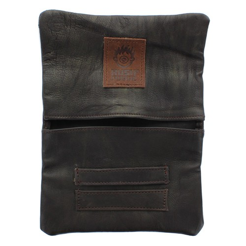 ""\""""Kush Pouch"""" plain leather tobacco pouch with a strap""500|500|?|en|2|7df2dc6f4a0b133100feb57a43fbb68e|False|UNLIKELY|0.3198198676109314