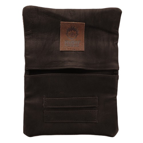 ""\""""Kush Pouch"""" plain leather tobacco pouch with a strap""500|500|?|en|2|c8e35f5cbadf488b322fb6bf5c72fb3b|False|UNLIKELY|0.3097462058067322