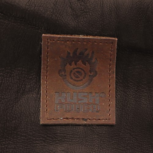 ""\""""Kush Pouch"""" plain leather tobacco pouch with a strap""500|500|?|en|2|a2c59ebc90e484bab2957bc84b37f160|False|UNSURE|0.2972809374332428