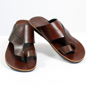 "Leather flip-flops ""Gunjan\"", Dark brown"