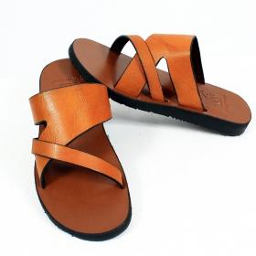 """Leather flip-flops \""""Lava\"""", Camel"""