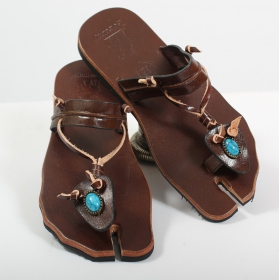 "Leather flip-flops ""Naisha\"", Dark brown"