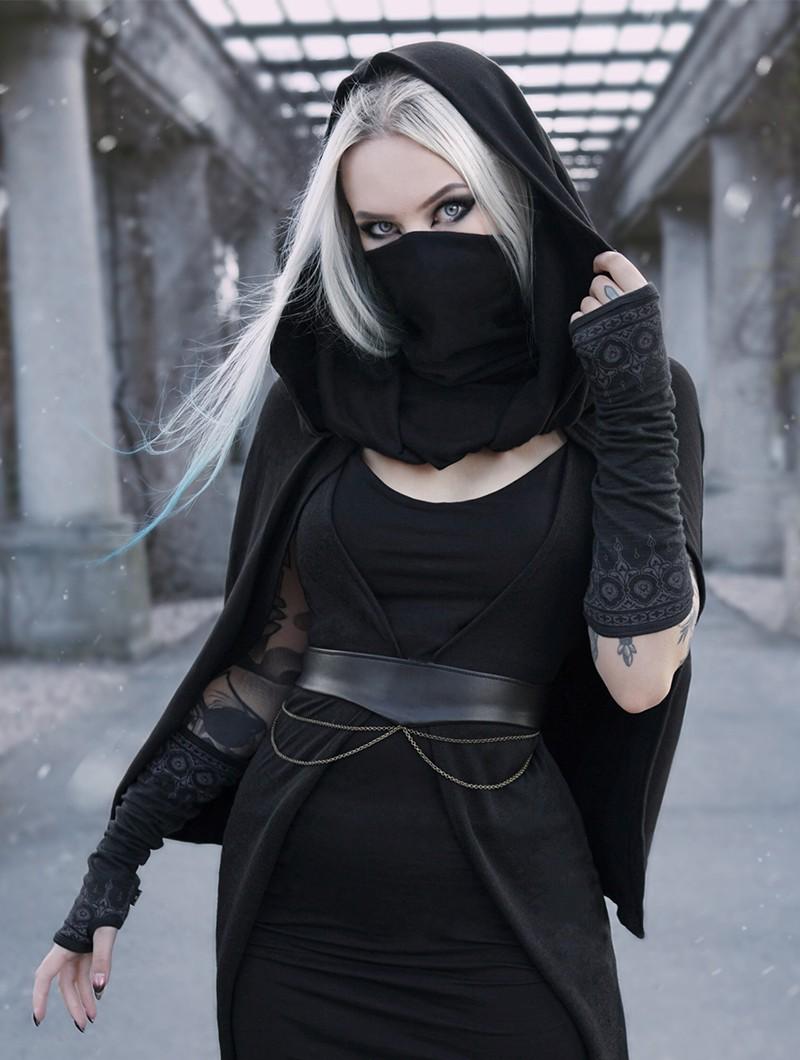 "\""Magik\"" hooded cape, Black"
