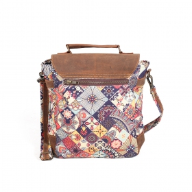 ""\""""Maono"""" shoulder purse, Brown leather and cotton with colorful patterns""280|280|?|en|2|4530fa15e740f0f2212f020a56e76ddd|False|UNLIKELY|0.32868364453315735