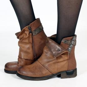 "\\\""Mayûri\\\"" boots, Camel"