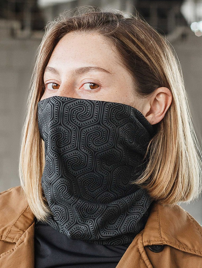 """Morcels Glow\"" face mask / neck warmer"