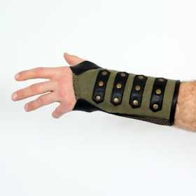 Psylo Zipped Wristband