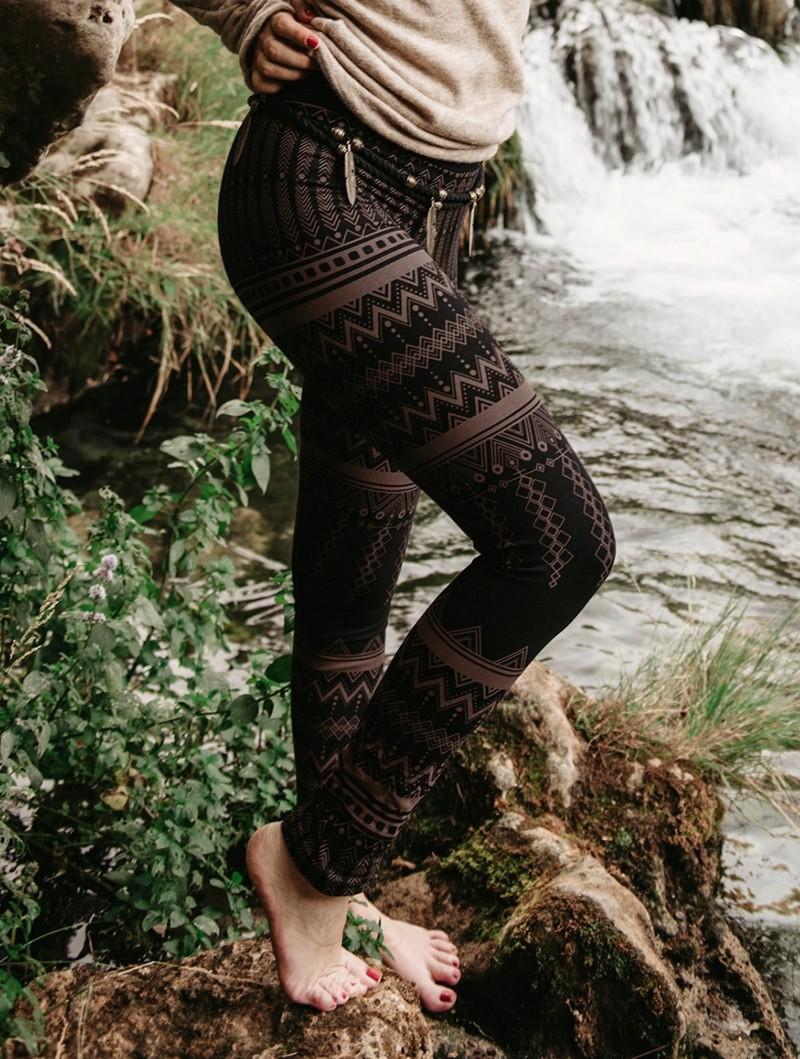 "\""Rinji Aztec\"" long leggings, Black with brown patterns"