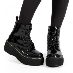 "\""Safwa\"" Platform boots, Shiny black"