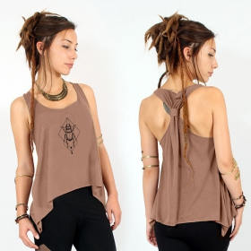 ""\""""Scarab spirit"""" knotted tank top, Brown and black""280|280|?|en|2|9fc0515949671fb44667a1001efb7729|False|UNLIKELY|0.37126782536506653