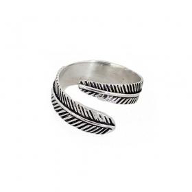 "\\\""Sentóni feather\\\"" ring"